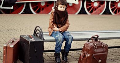 Entenda todas as regras para o menor de idade poder viajar sozinho